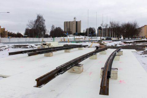Tampereen raitiotien ensimmäiset kiskot kalevaan 18.12.