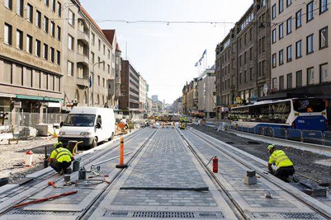 Kiveystöitä Hämeenkadun Tuulensuussa 30.7.2018.