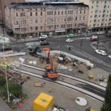Raitiotietöiden etenemisestä muutoksia Hämeenkadun ja Rautatienkadun liittymässä