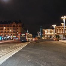 Hämeenkadun raitiotietöistä liikennejärjestelyjä Keskustorilla ja kadun itäpäässä