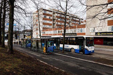 Bussipysäkki Suvantokadulla