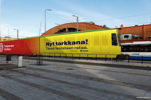 Havainnekuva Tampereen raitiotien testaamisessa käytettävästä vaunusta