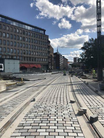Hatanpään valtatiellä kivitöitä Hämeenkadun suunnasta kuvattuna.