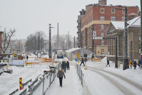 Liikennejärjestelyjä Hatanpään valtatiellä. Kuva: Wille Nyyssönen