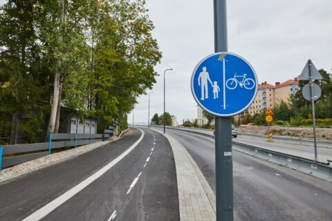 Jalankulku- ja pyöräväylä Paasikivenkadulla